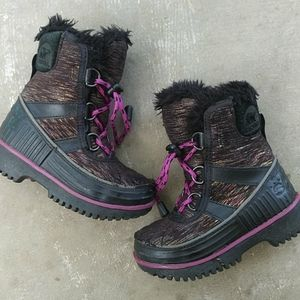 Sorel Toddler Fuzzy Winter Boots Size 8
